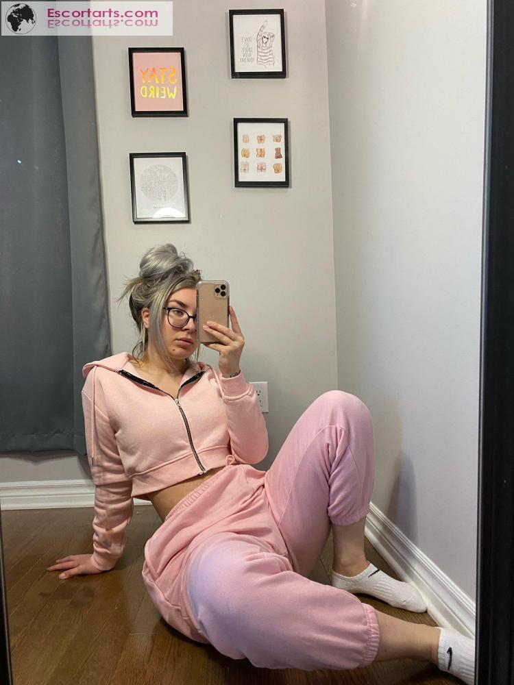Girls Escort Cugy - Sensuelle Megan