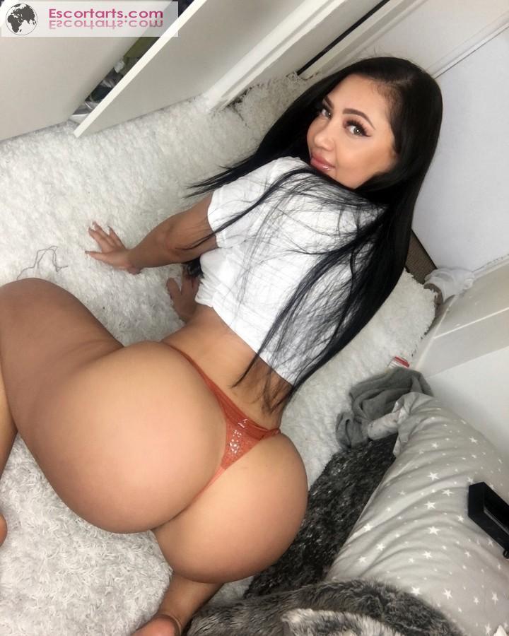 Girls Escort Paris - Sexy Carolina