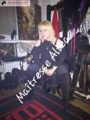 BDSM Escort Paris  - Maitresse ALTEA Dominatrice