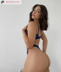 Girls Escort Paris  - Suceuse