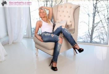 Girls Escort Moscow - Classy Elena